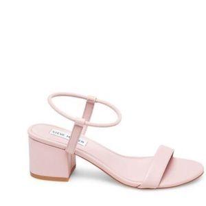 Steve Madden Light Pink 2 Inch Block Heel Size 7.5